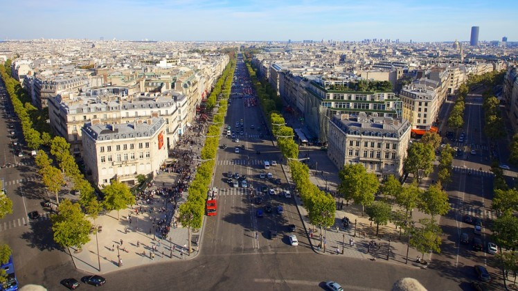 Champs-Elysees-24505